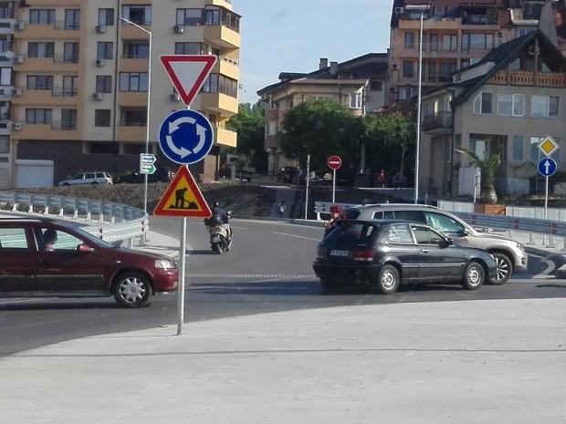 Поредна катастрофа в наклоненото кръгово по бул.