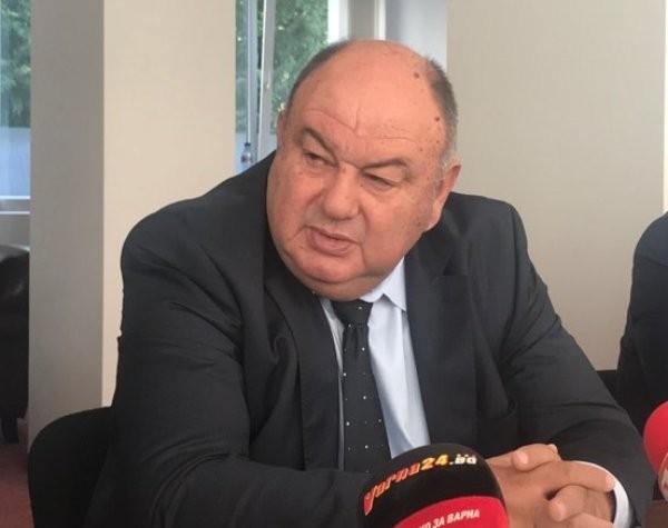 Шефът на ВиК-Варна: Пия вода само от чешмата, цената й ще скочи, ако вдигнат тока