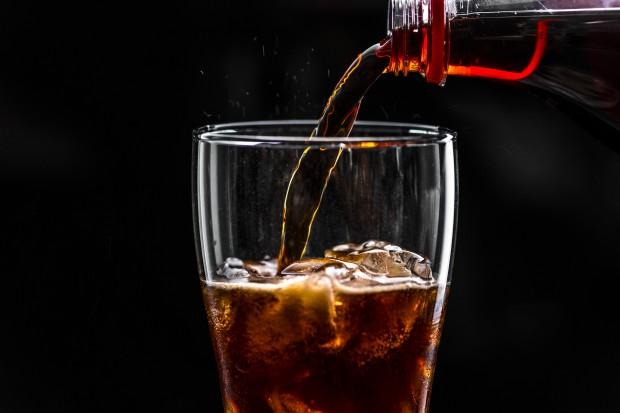 Снимка: Учени: Две чаши газирано на ден са достатъчни